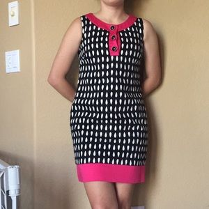 Perfect maggy London Black white and pink dress